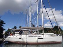 Sun Odyssey 44 I : In marina